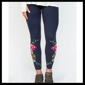 Agnes & Dora Vintage Embroidered Leggings
